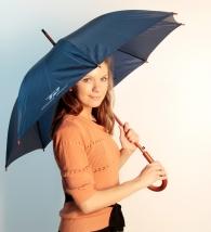 Фирменный зонтик для Титана